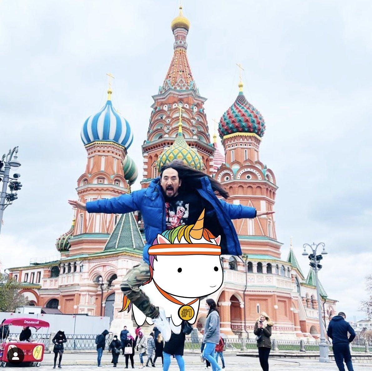 .@steveaoki in Moscow!!!!!!   #aokijump #chubbijump #1052