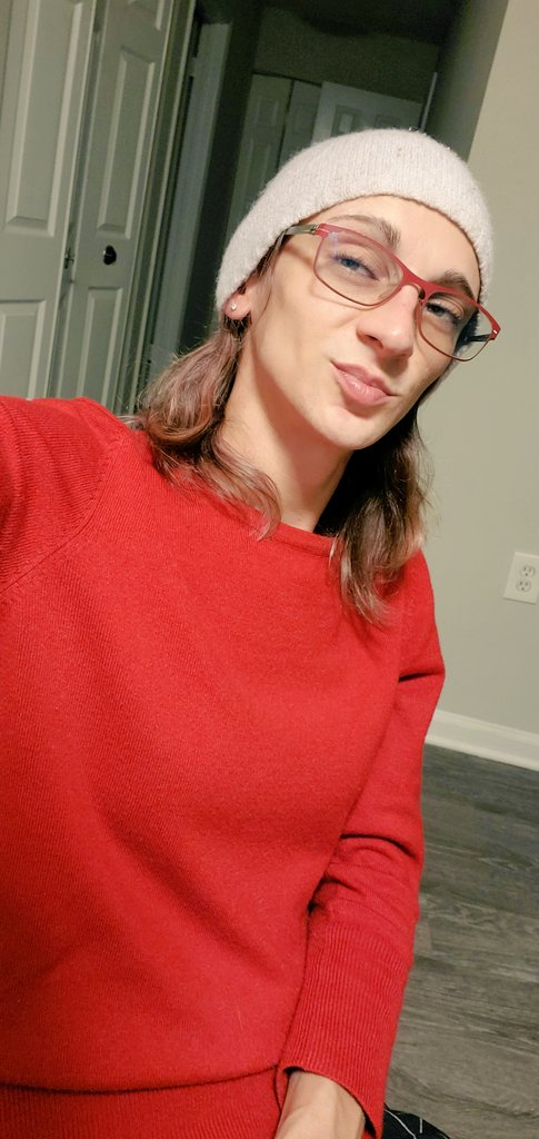 Stoney baloney gonna get ready for bed, won't you join me? #TransIsBeautiful #transgender #stonergirl