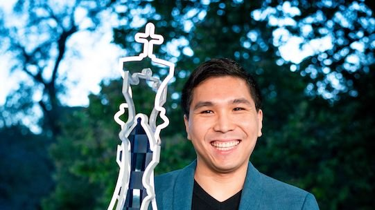 test Twitter Media - Wesley So became the 1st player since Gata Kamsky in 2014 to defend his #USChessChamps title! Final report:   https://t.co/wi5aJtGfkG  #c24live https://t.co/syDdMv7krd