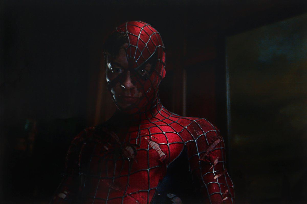 RT @DexertoMU: Never-before-seen pic of Tobey Maguire in 'Spider-Man' (2002)  📷 Prop Store Auction https://t.co/kXoUs1HN9P