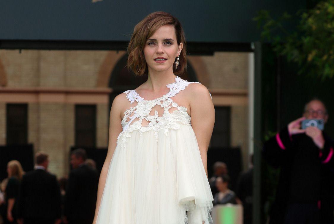 Çok uzun zamandır ödül törenlerinden ve kırmızı halılardan uzak kalan Emma Watson, aktivist kimliğini ön planda tutarak Earthshot Prize'a katıldı. buff.ly/3aV2vPa