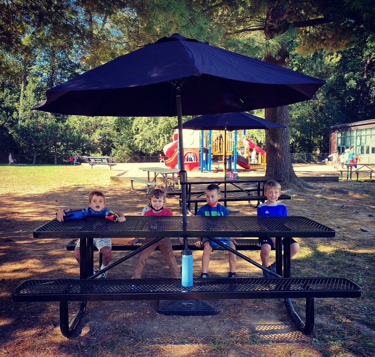 Kindergarten loves the new picnic tables and umbrellas! <a target='_blank' href='https://t.co/Yhk5uN7wby'>https://t.co/Yhk5uN7wby</a>