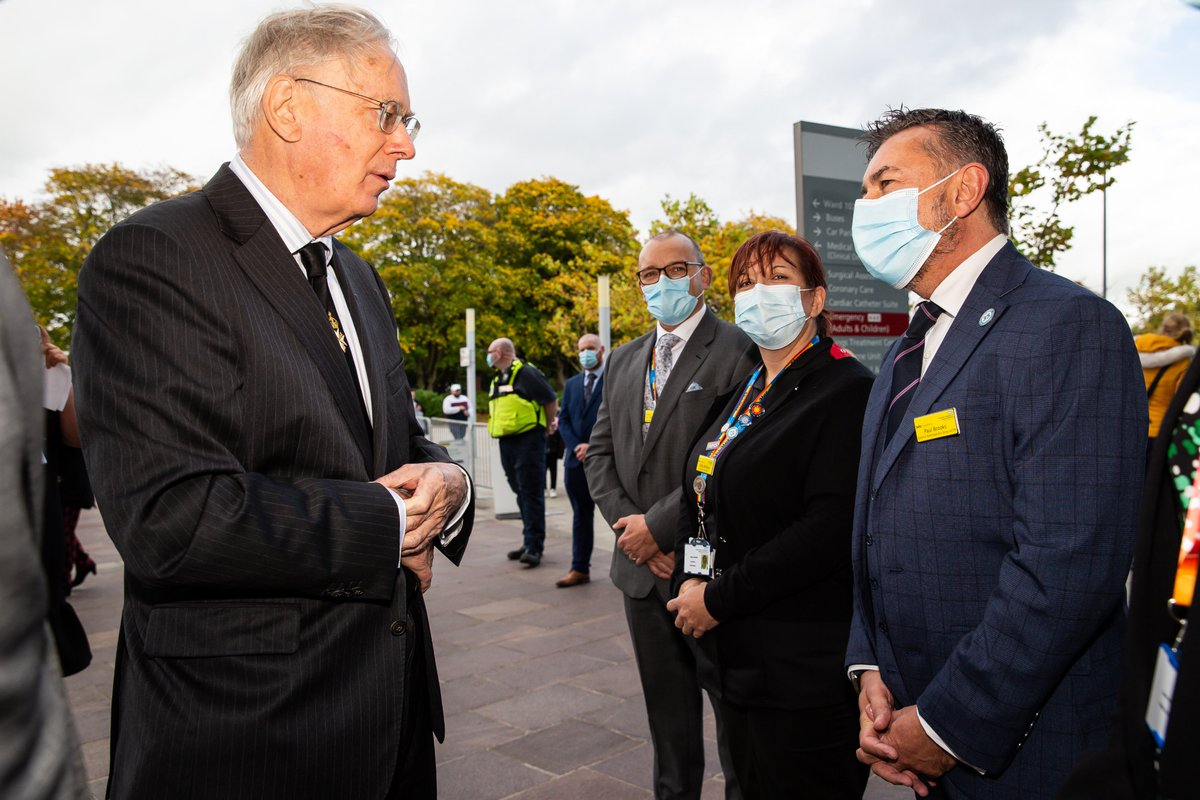 It was a pleasure to welcome HRH The Duke of Gloucester to Royal Derby Hospital this afternoon, where he met some of our #UHDBheroes @UHDBTrust to thank them for their phenomenal efforts throughout the entire pandemic, as part of a tour of the hospital. ➡️bit.ly/3vBIEhl