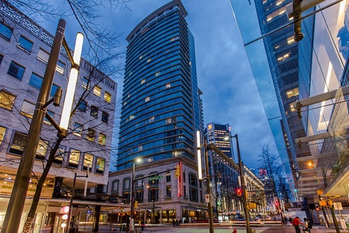 Done Deal: Vancouver 868-square-foot 'live-work' office space sells for $940,000 https://t.co/1JWqf3P6Rf #DoneDeal #OfficeStrata #NAICommercial #DowntownVancouver https://t.co/KOIlYLoYCE.
