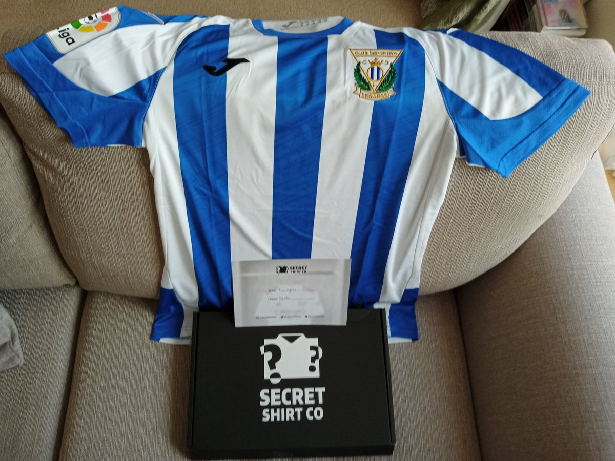 This beauty arrived! CD Leganes thank you @secretshirtco 👍