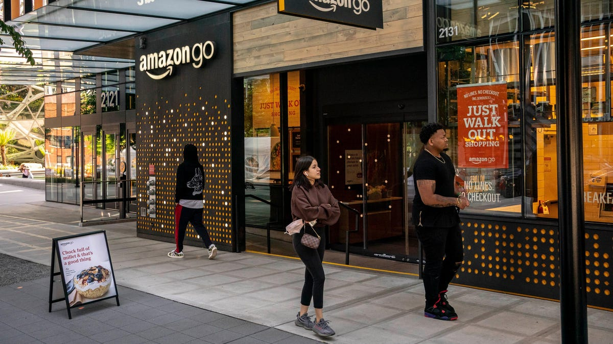 RT @Gizmodo: Chilling Report: Amazon and Starbucks Planned a Joint Chain of Cafes