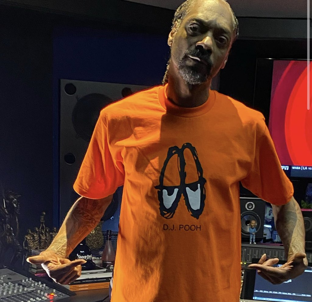 Replying to @DJPooh: Happy 50th @snoopdogg 🎂💪🏽🍾