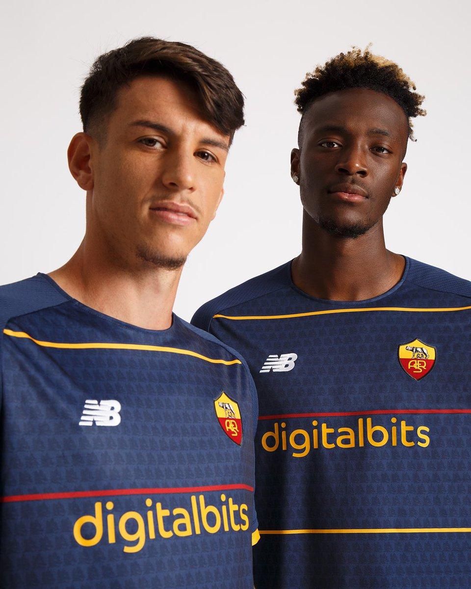 Roma's new fourth shirt. 🐺🔥