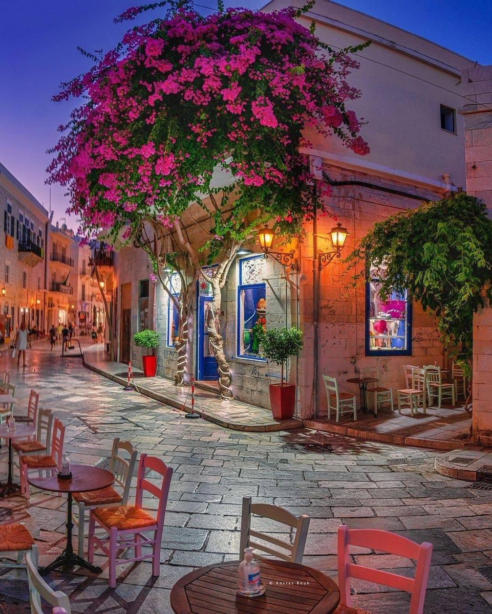 Syros Island, Greece 🇬🇷 📸 Kostas Bouk