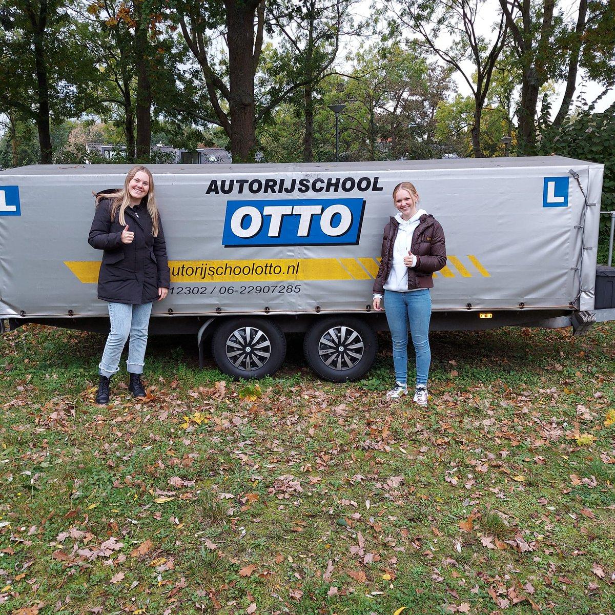 test Twitter Media - Ilsa Aten en Luna de Vries, beide in 1x geslaagd voor het scooterrijbewijs AM2. Keurig gedaan, gefeliciteerd! https://t.co/6LclZjlwVA