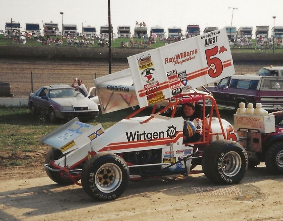 #WaybackWednesday @VntgSprintCars Pic of the Day has Mark Kinser in the Ray Williams 5m @EldoraSpeedway in 1995