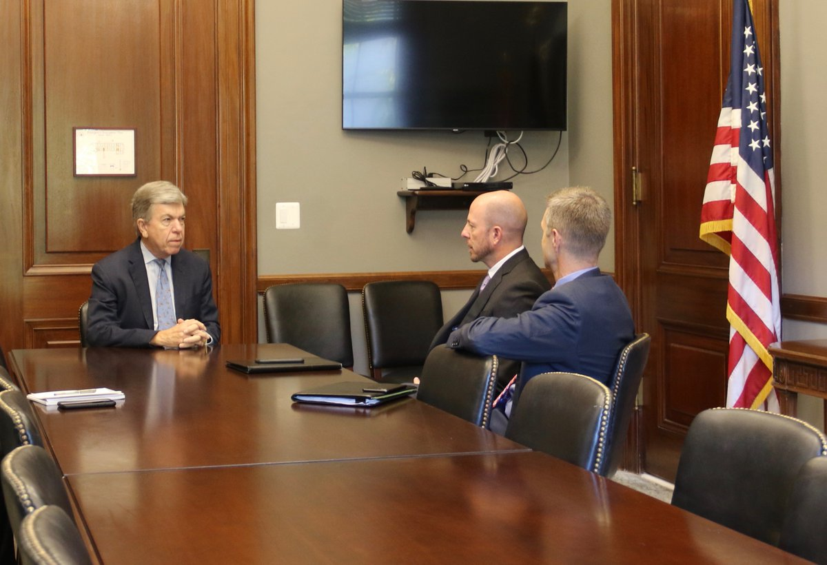 Good to meet with Jeff Boyer from McCarthy HITT and Jason Klumb to talk about the latest construction on the new NGA West HQ. The new NGA West will further MO's role as a hub for geospatial innovation, create jobs, advance STEM education, and help keep our country safe.