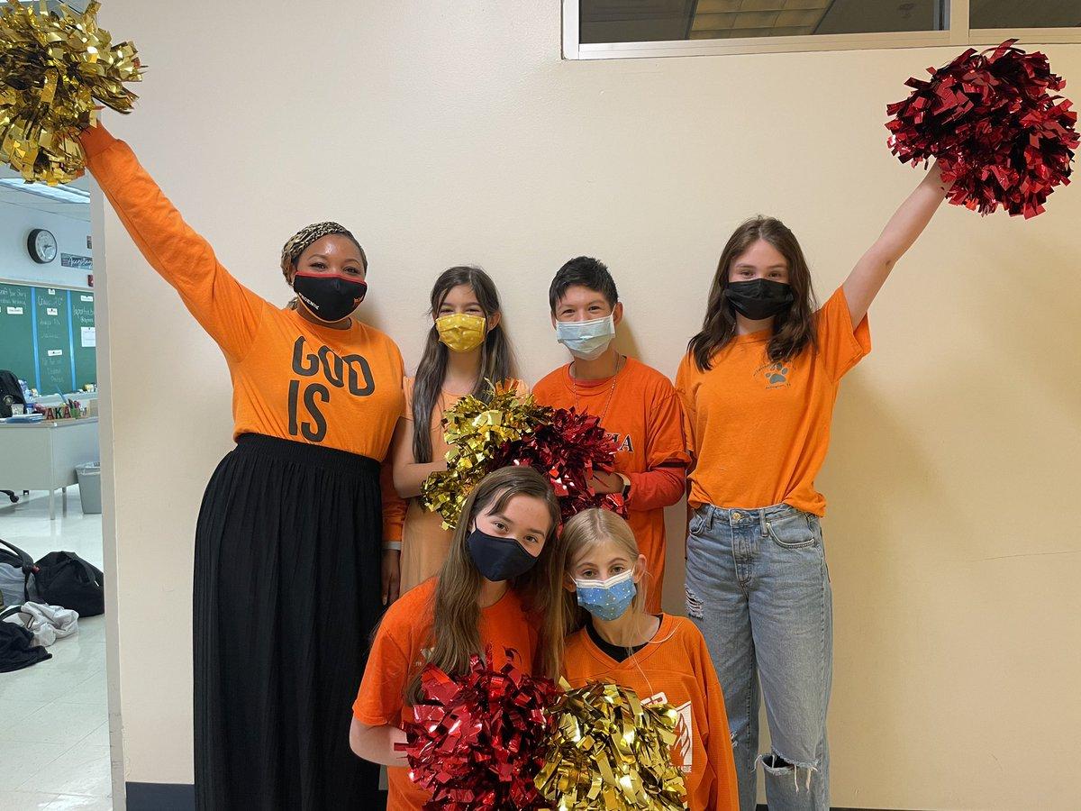 Phoenix Cheer Team celebrating Unity Day🧡🧡🧡 <a target='_blank' href='https://t.co/l2uS5qk6jz'>https://t.co/l2uS5qk6jz</a>