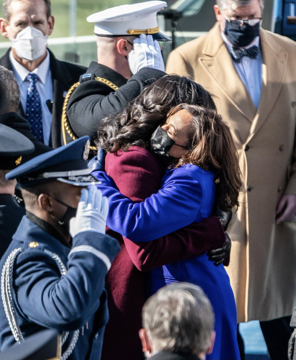 Happy birthdayto a thoughtful, compassionate, and relentless leader—the one and only @KamalaHarris. We are so lucky to have you serving our country!