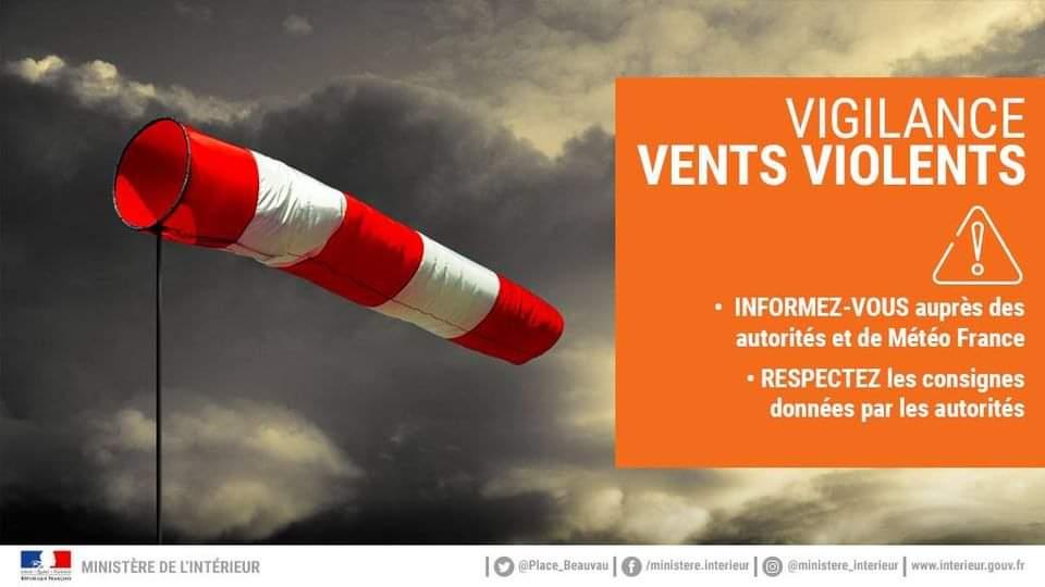 Vigilance orange pour vent violentMétéo France place le département de l'Aisne en vigilance orange pour vent violent à partir de 2h le jeudi 21 octobre.Suivez l'évolution de la situation sur vigilance.meteofrance.com. https://t.co/aBr3NWZNDT