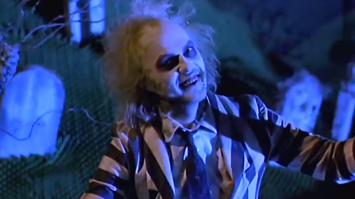 RT @Gizmodo: The Beetlejuice Sequel Isn't Dead, But It Isn't Alive Either