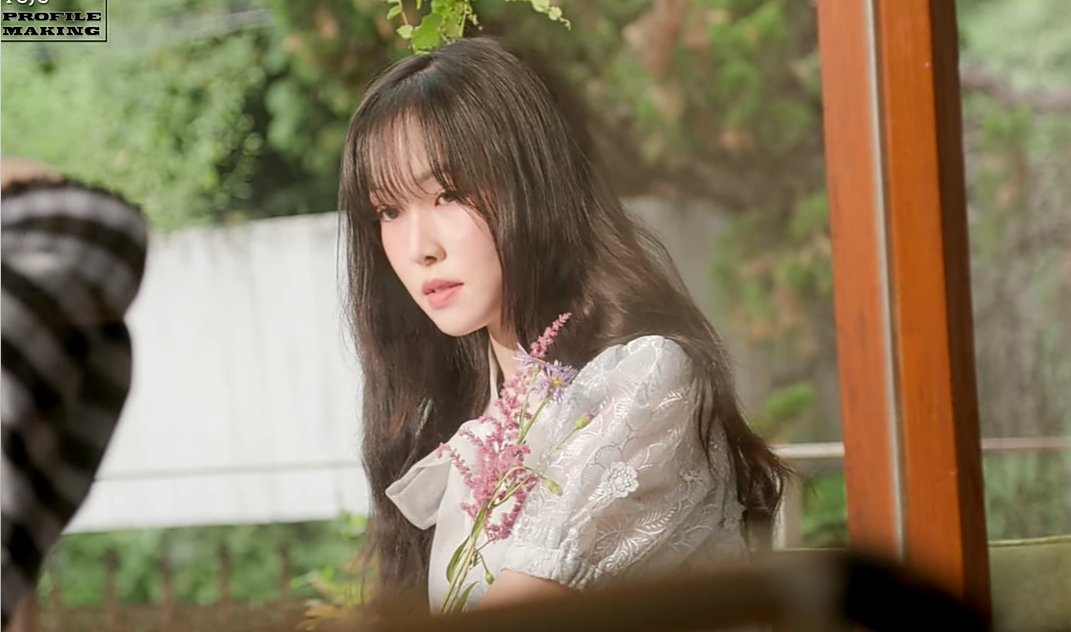 RT @yujuscray: SHAKING CRYING THROWING UP MY MODEL CHOI YUNA ?3!!3!&?'?_? https://t.co/sbjwV86SWt