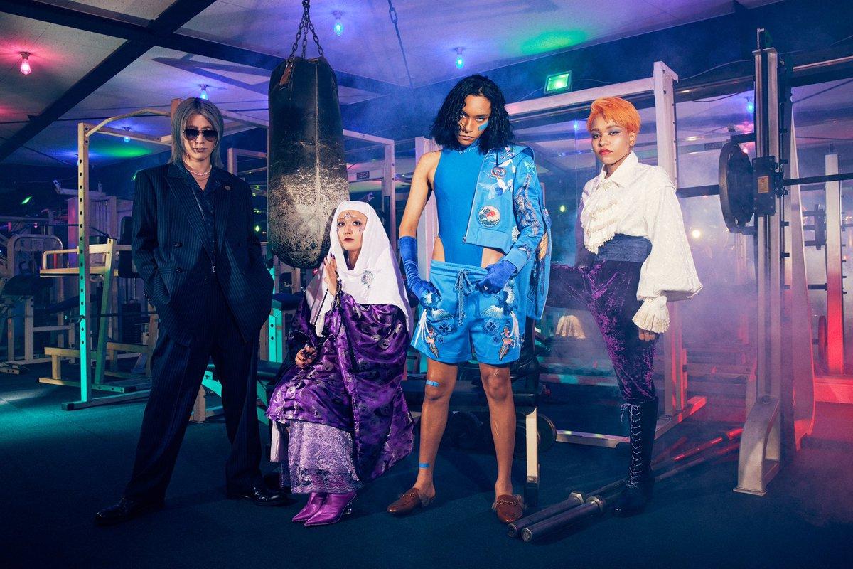 【Spotifyにてプレイリスト公開中】Spotify(@SpotifyJP)にて、代表曲を集めたプレイリスト「This is 女王蜂」を公開中。新曲「KING BITCH」も収録されております。ぜひチェックしてみてください。