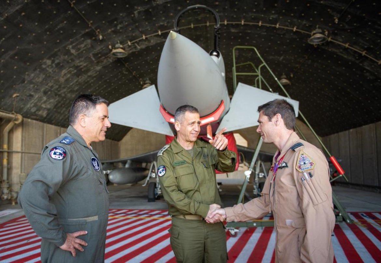 قام رئيس هيئة الأركان الجنرال أفيف كوخافي بزيارة لقاعدة عوفدا الجوية لمتابعة
