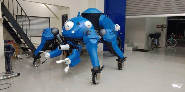 """どうやって乗るの? 製作者に聞きました「攻殻機動隊」タチコマの""""コスプレ""""がすごい完成度 人が乗れて走ってアームも動く!"""