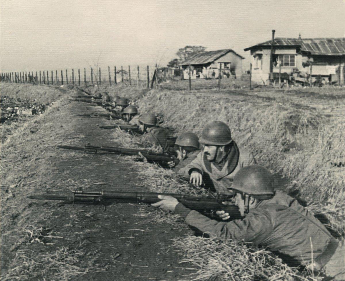 1950-1953 yılları arasında Kore'de görev yapan Kore Türk Tugayından tarihî fotoğraflar… #MSB #TSK #TarihteTürkOrdusu #tbt #siyahbeyaz