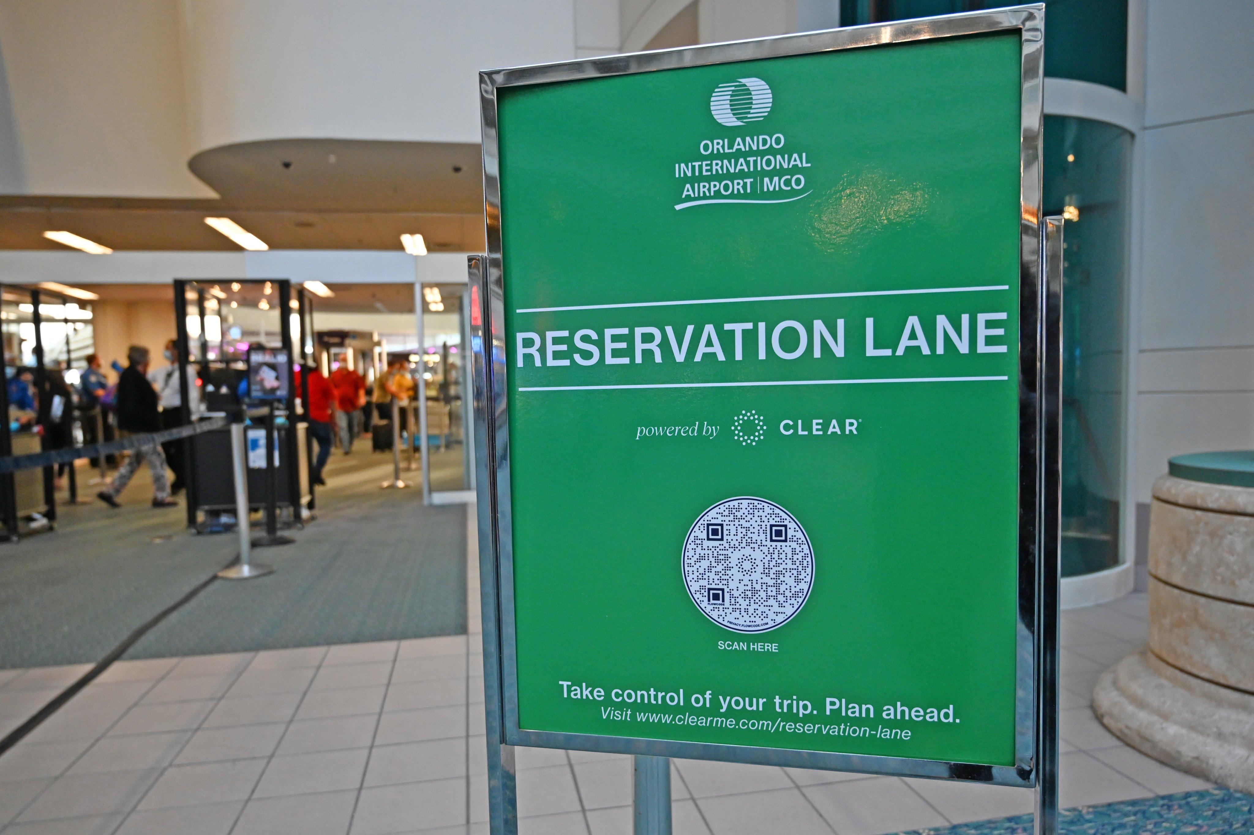 Aeroporto de Orlando testa opção para acelerar processo de embarque
