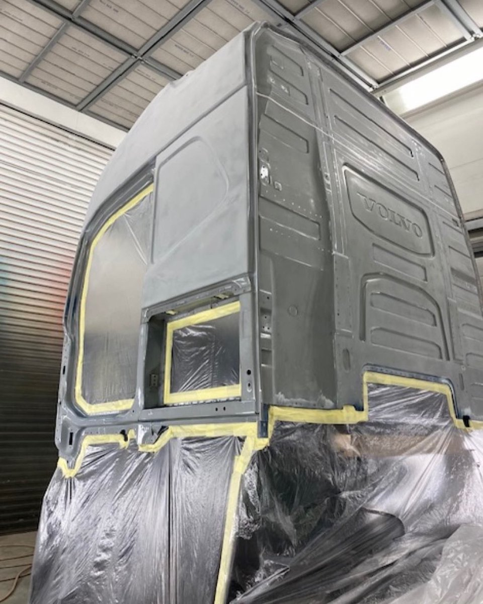 test Twitter Media - Another pristine job from Accident Repair! This Volvo FH had full side & rear panels fitted & a cab re-spray. Chassis straightening & wheel alignment by our Blackhawk chassis jig. Parts provided by our supplier & customer @CrossroadsTruck. #crossroadstruck #hartshornegroup https://t.co/NGZV9mfgLZ