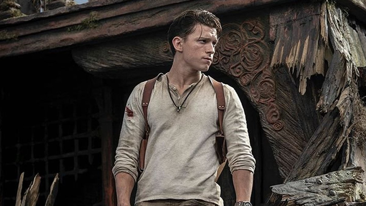 RT @Gizmodo: Uncharted's First Trailer Sees Tom Holland Hanging on for Dear Life