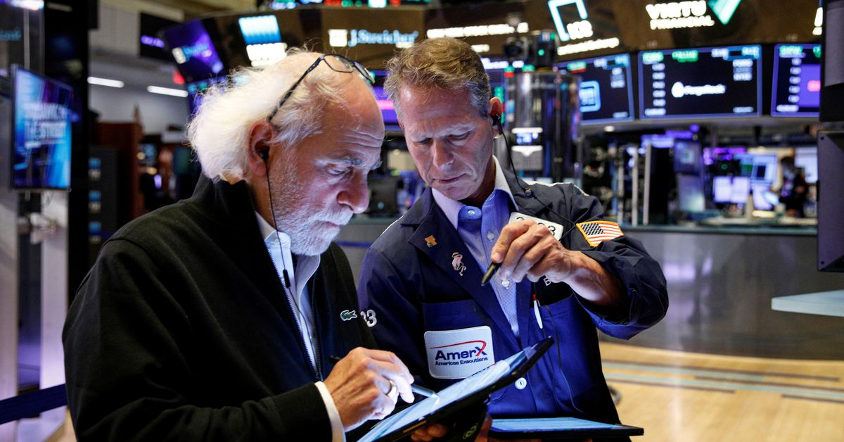 Wall Street flat, IBM results weigh on technology stocks