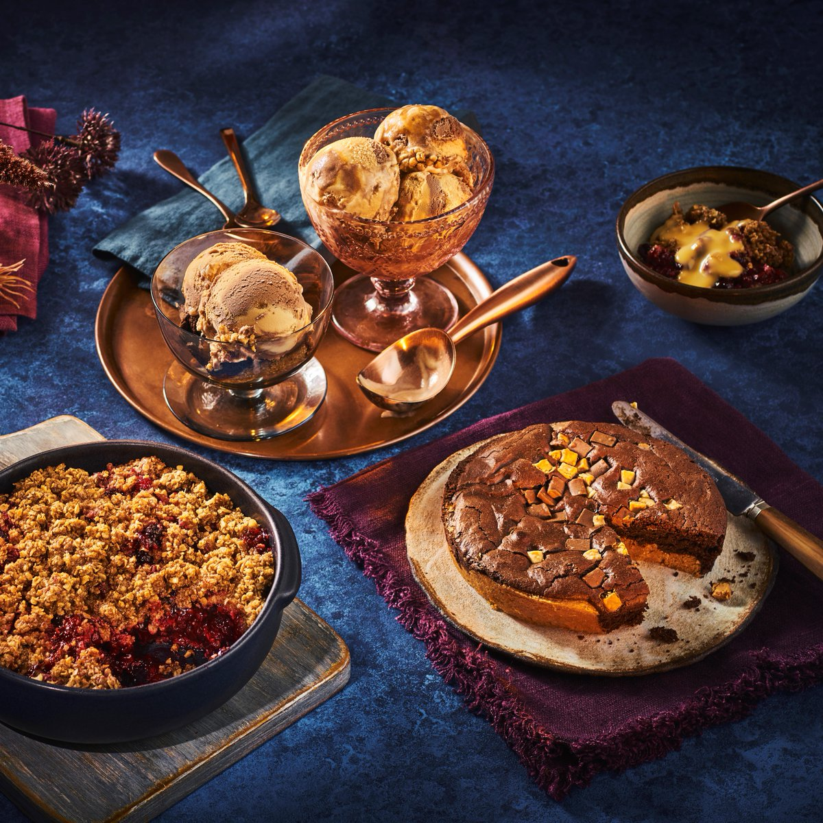 Fancy something a little sweet? 💭 Winter berry crumble with flapjack crumb 🥧 Soft berries with a crunchy topping. Millionaire's Ice-cream 🍨 Sticky caramel and rich chocolate come together... Brookie dessert 🍪 A cookie and brownie hybrid! spr.ly/6014JPZIC
