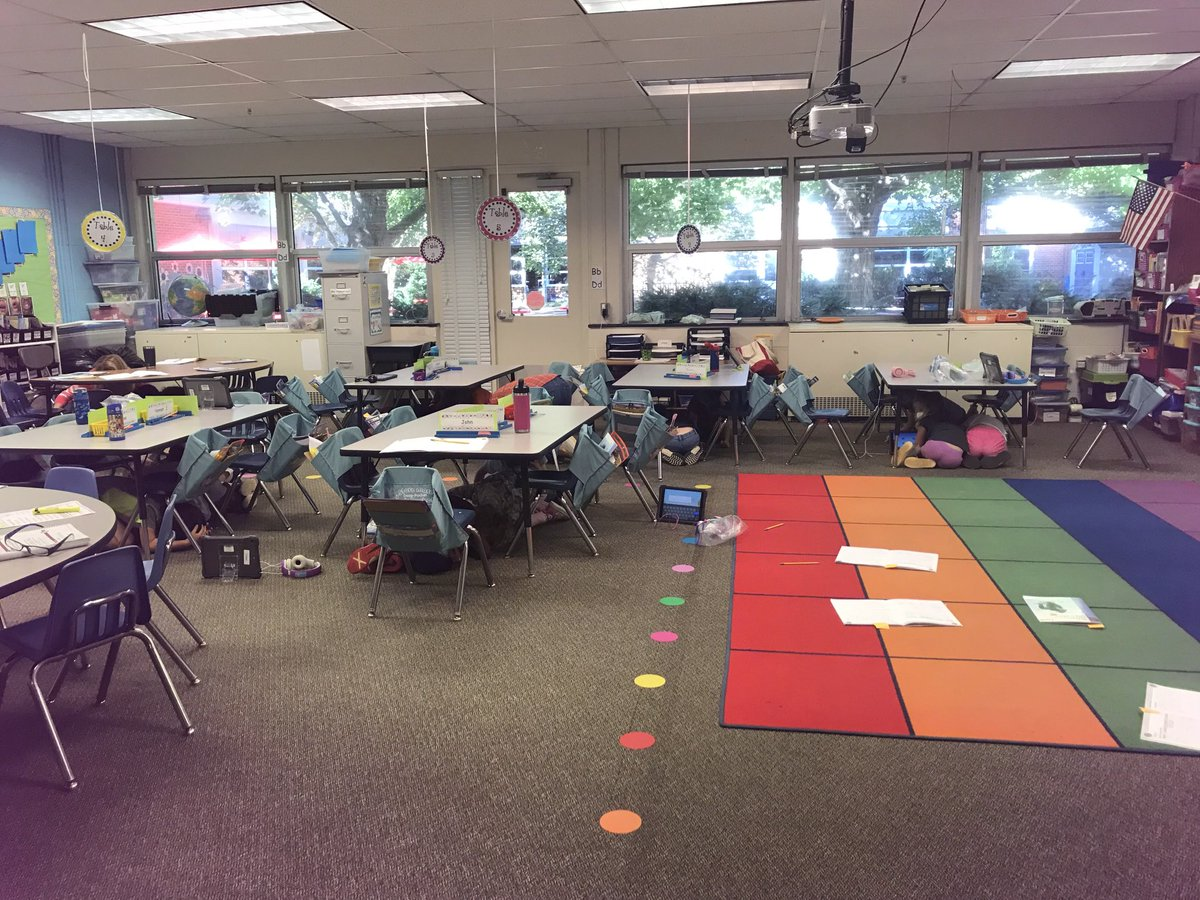 Our Eagles did an awesome job for the Great Shake Out! Everyone got under the tables and covered their heads for our practice earthquake drill. <a target='_blank' href='http://twitter.com/APSReady'>@APSReady</a> <a target='_blank' href='http://twitter.com/MsMcClainAPS'>@MsMcClainAPS</a> <a target='_blank' href='https://t.co/3GK6gkEBgK'>https://t.co/3GK6gkEBgK</a>