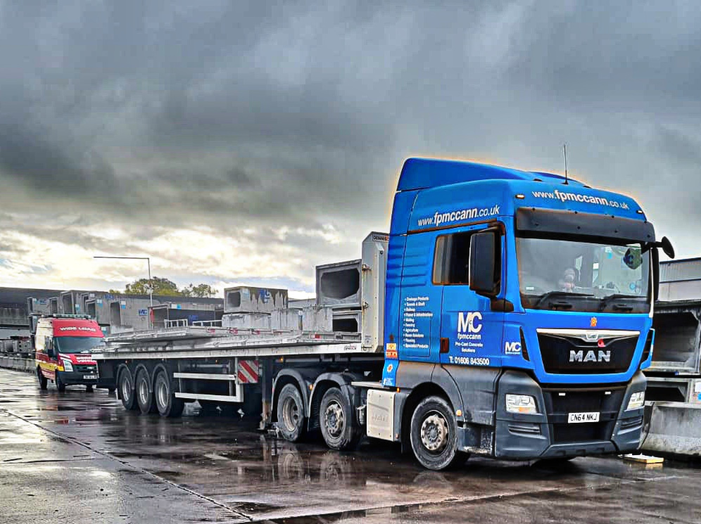 Cheshire to Leicestershire with precast concrete sections for DC51LOG