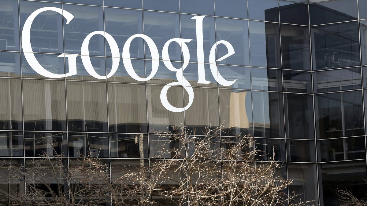 RT @Gizmodo: Google Is Slashing Fees for Play Store Apps, So, Please Stop Yelling