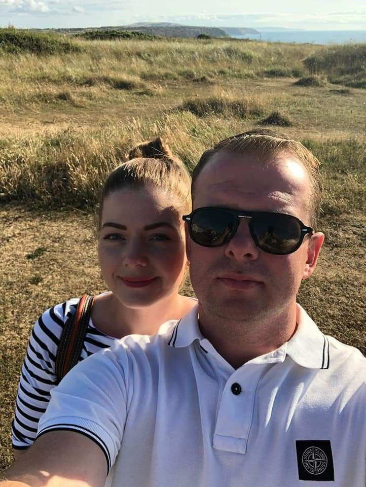 I Loved my husband very much. He developed a gambling disorder after receiving 'free bets' whilst he had been furloughed. 4 months later, he took his own life. Please help by ✍&RT #LukesLaw petition. Help it reach 100k for Luke. 💙💙💙 #safergambling 🙏 petition.parliament.uk/petitions/5878…