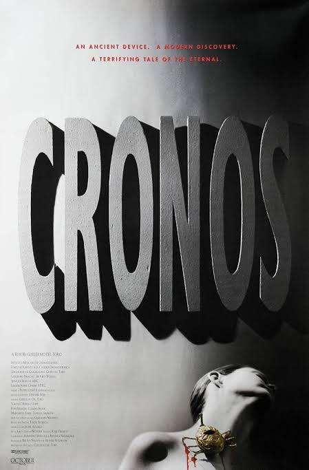 """20. Gün 🎃  Gecenin filmi, Guillermo del Toro'nun yazıp yönettiği İLK film olma özelliğini taşıyan gotik korku """"Cronos"""" (1993) oluyor. del Toro bu filmi çektiğinde 29 yaşındaydı (haset etmek serbest).🎃  #Spooktober"""