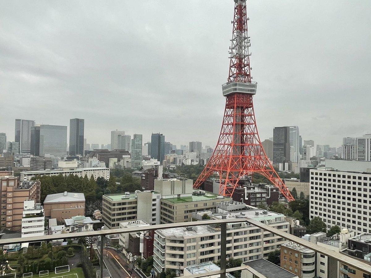 おはようございます☀️虎ノ門は雨模様☔️#今撮り東京タワー #東京タワー#エンジニア採用#駆け出しエンジニアと繋がりたい#エンジニアと繋がりたい#Twitter転職#エンジニア転職#Java