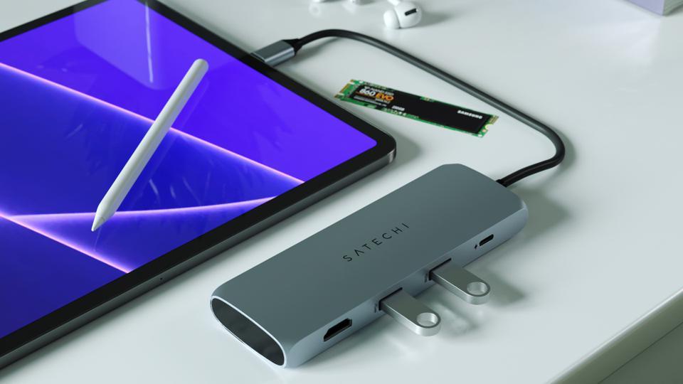 Satechi's New USB-C Hub Has A Slot For An M.2 SATA Drive