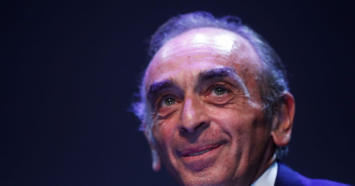 New poll puts Zemmour in round two of French presidential vote, behind Macron