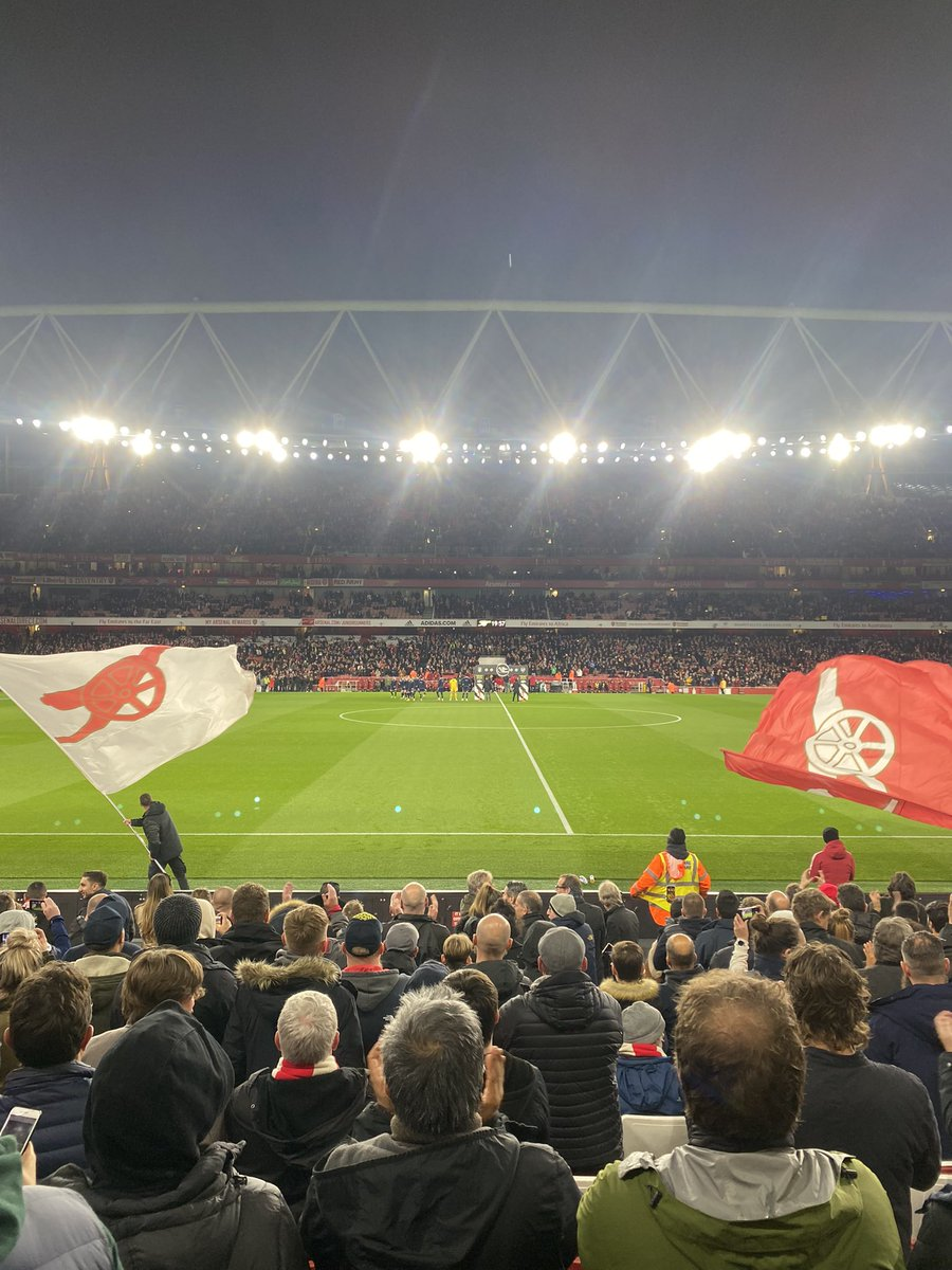 Come on you fucking a reds 🔴 https://t.co/PxEZqSX8YI