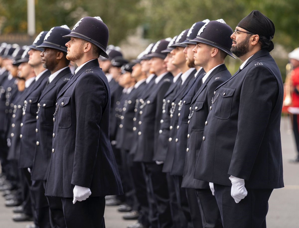 The Met is constantly striving to achieve the recruitment aspirations that have been voiced by the Commissioner. Our Outreach Recruitment Programme covers all boroughs, reaching out to under-represented communities. Find out how to start your career at: met.police.uk/careers