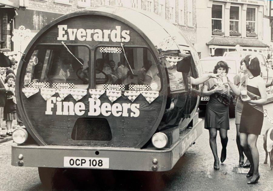 FRIDAY NIGHT IN THE CITY.  All aboard the Everards bus.   Leicestershire la la la 🍻