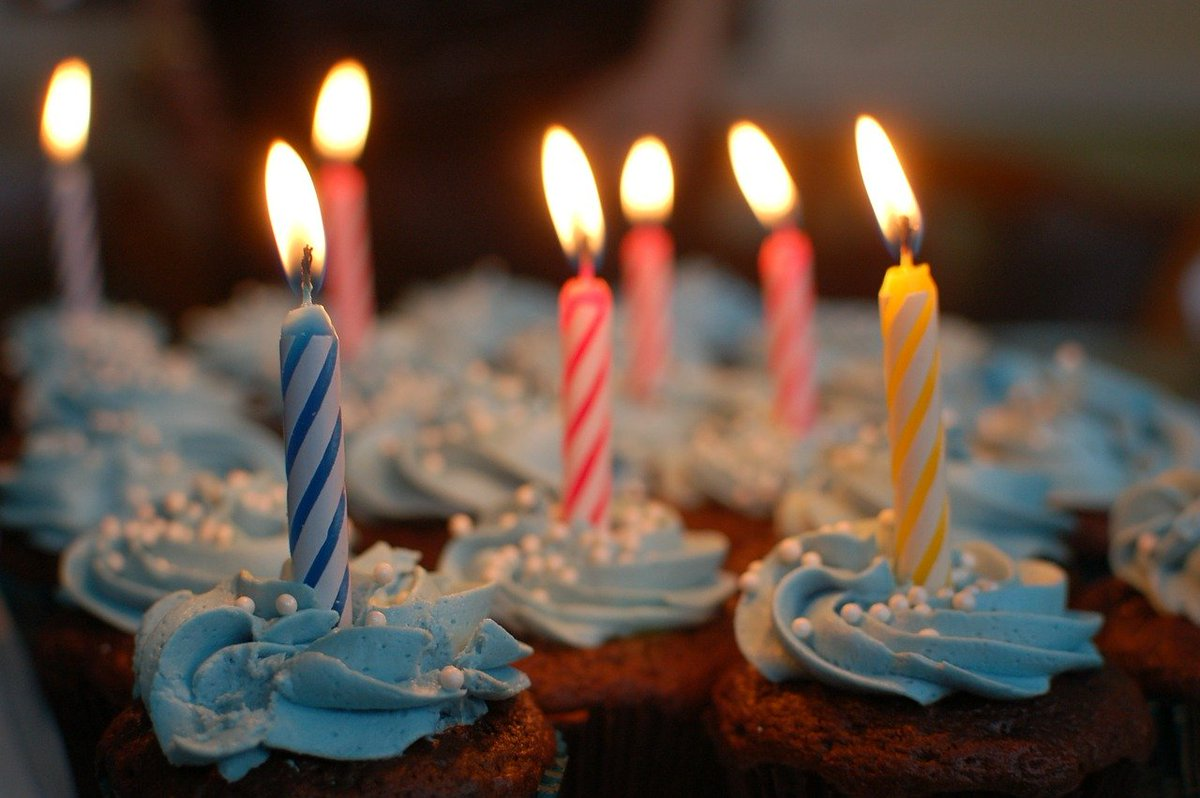 Who has a Birthday in November? Remember Pete's Party Castle when booking your party venue. Have a great weekend.   #novemberbirthday #birthdayparty #birthday #mobilealabama #petespartycastle