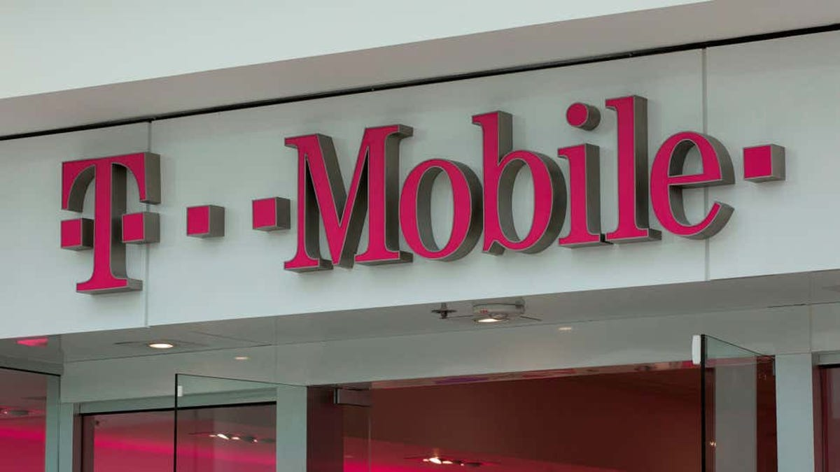 RT @Gizmodo: T-Mobile Says It'll Pay Off Your Phone If You Switch