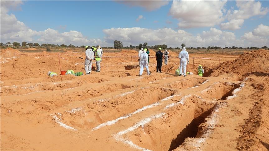 Libya'nın Terhune kentinde bir toplu mezar daha bulundu v.aa.com.tr/2400454