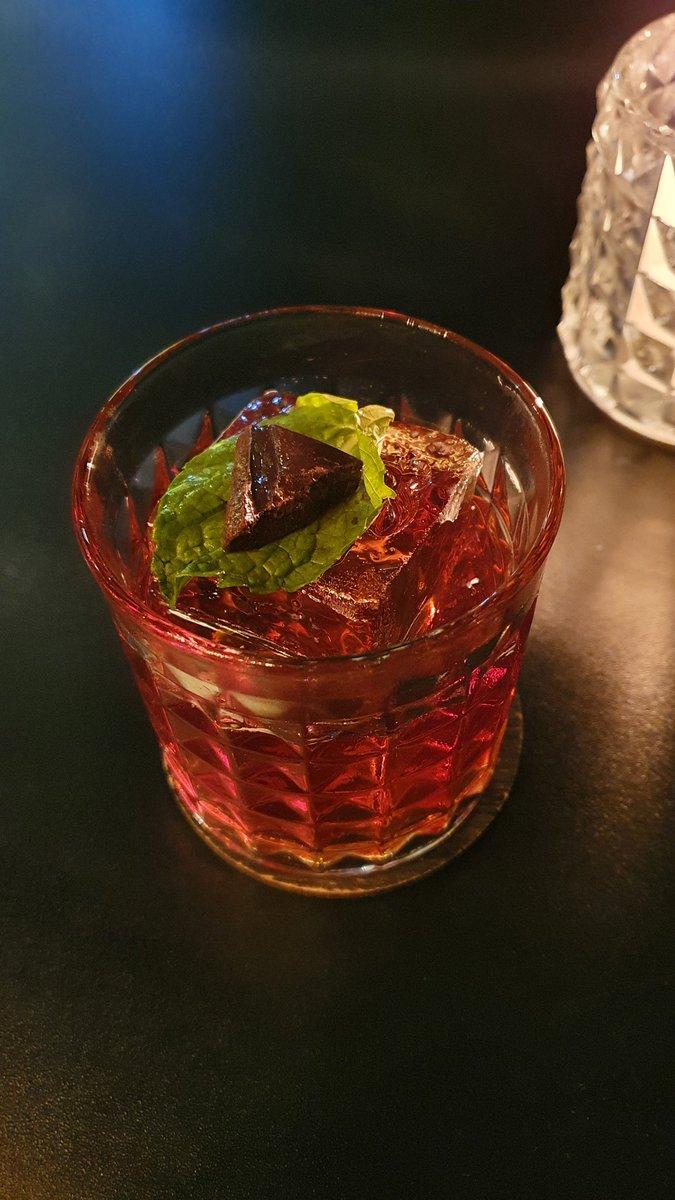 O drink perfeito não existe, mas um candidato teimoso permanece: