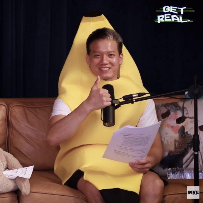 @PenielShin, why 🍌 costume? Hahaha. Cute!
