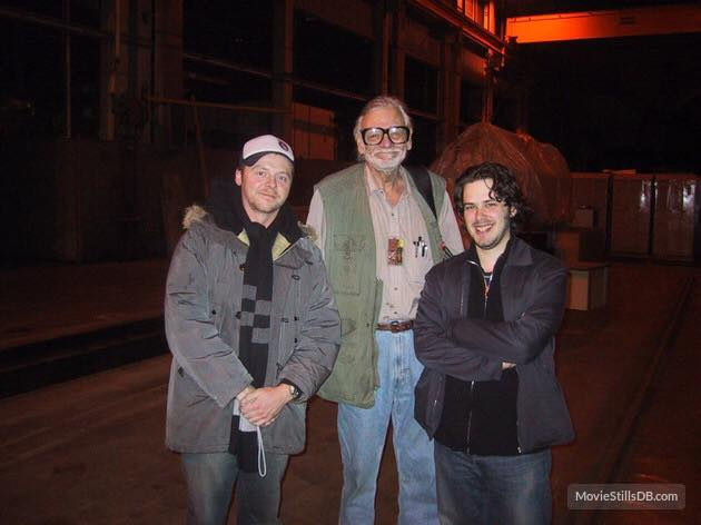 #actor #Flashback #horrormovie #Zombie #BehindTheScenes Simon Pegg and Edgar Wright with director George Romero filming Land of the Dead.