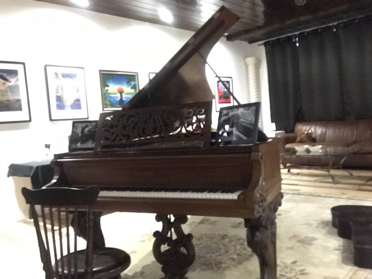 Singer of Boston, Brad Delp's pianoボストン「More Than A Feeling(宇宙の彼方へ)」のピアノを弾いてみた