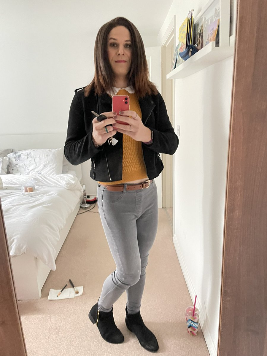 Gonna see what's going out outside xx #trans #tgirl #TransIsBeautiful #thisisme