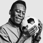 Image for the Tweet beginning: 👑 Pelé e sua melhor